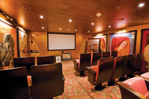 S.S. Antoinette - Cinema