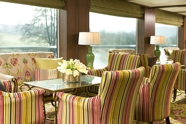 River Beatrice: Lounge