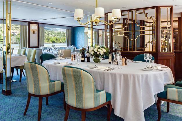 Queen Isabel: Restaurante